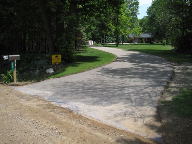 Residential Sealcoating with Edging work